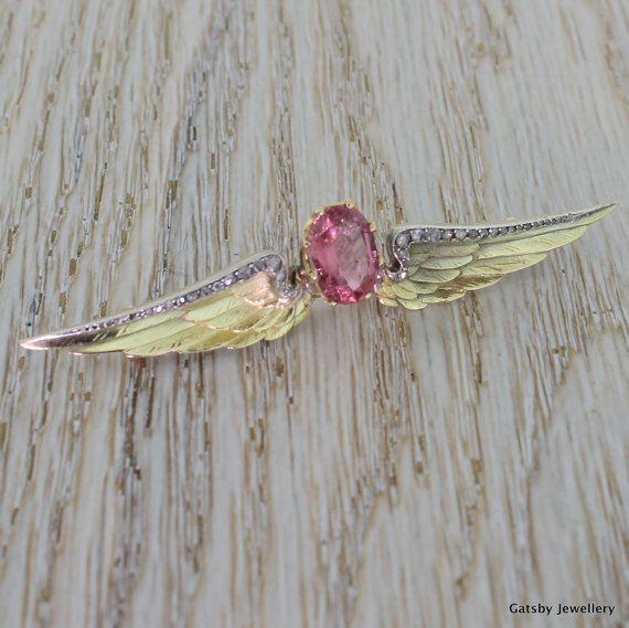 art deco wings diamond brooch 18k gold circa 1920
