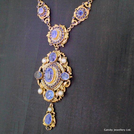 austro hungarian natural sapphire 038 pearl necklace circa 1910