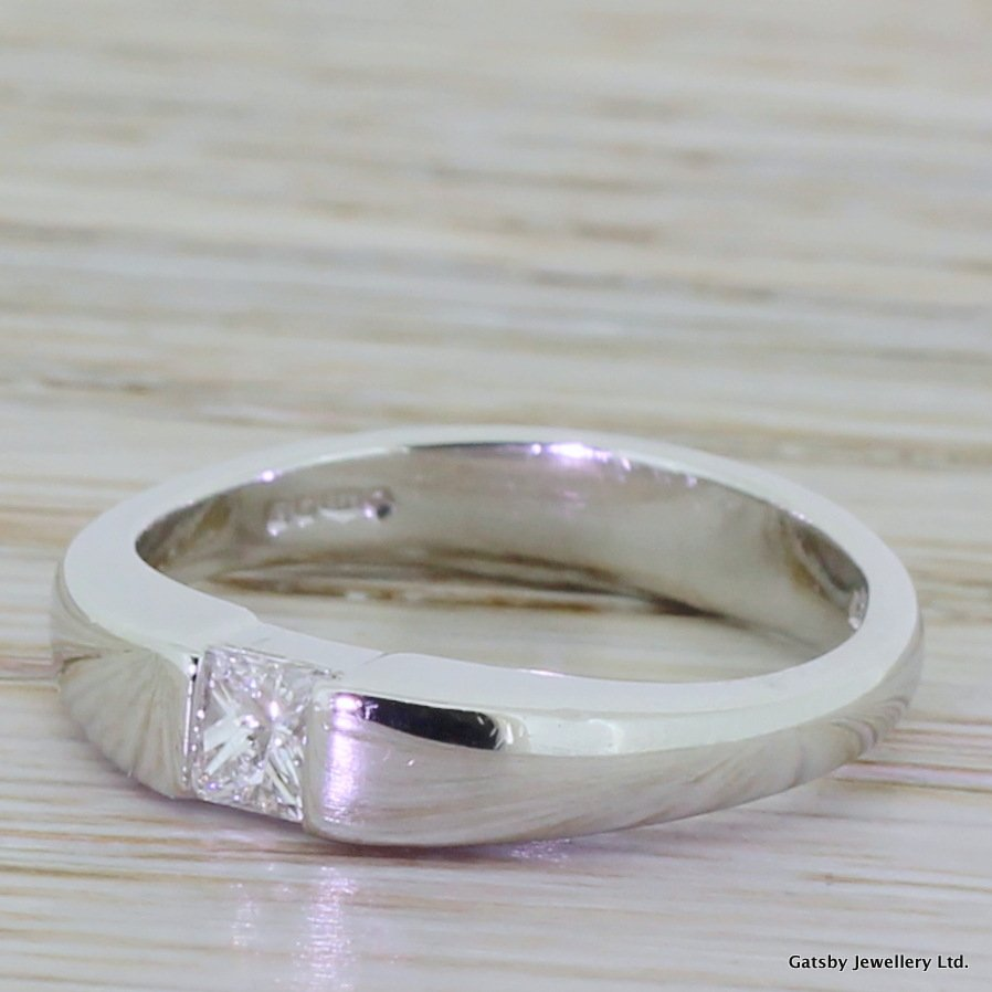 modern 020 carat princess cut diamond solitaire ring platinum
