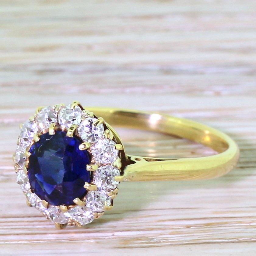 victorian 140 carat natural sapphire 038 old cut diamond cluster ring circa 1900