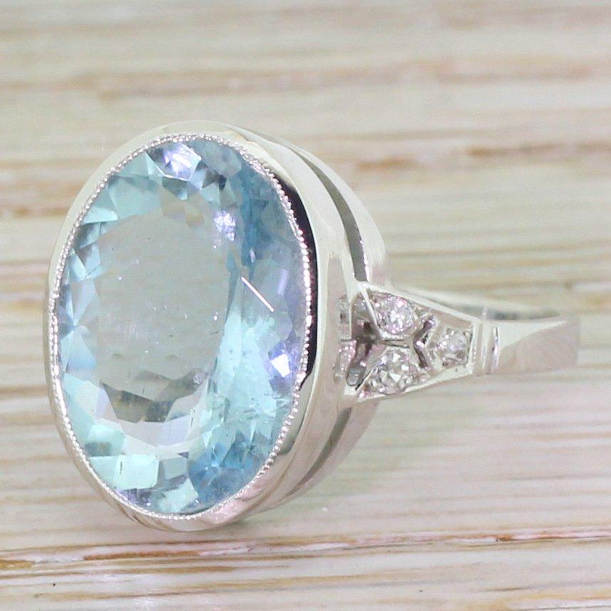 retro 1000 carat oval cut aquamarine cocktail ring circa 1945