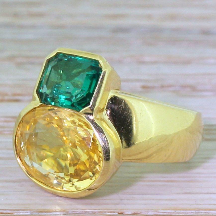 avant garde 577 carat yellow sapphire 038 120 carat emerald ring circa 1970