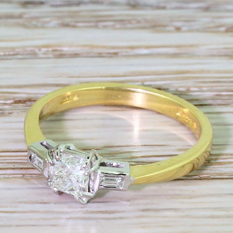 contemporary 030 carat princess cut diamond engagement ring 18k gold