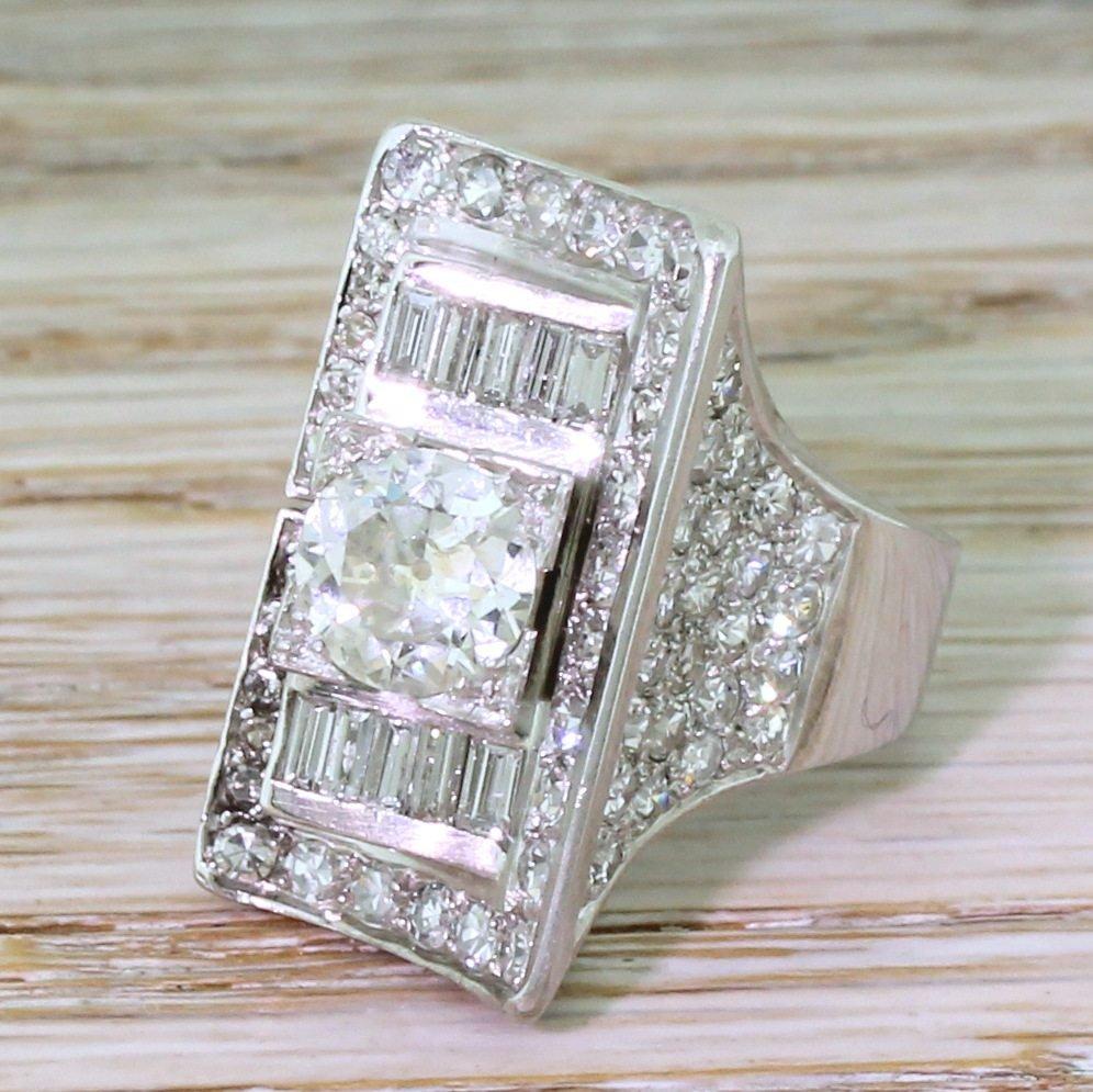 art deco 268 carat old cut 038 baguette cut diamond ring circa 1940