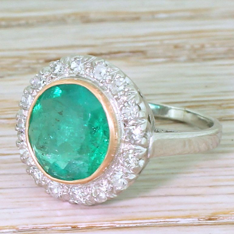 art deco 294 carat minor oil colombian emerald 038 diamond cluster ring circa 1940