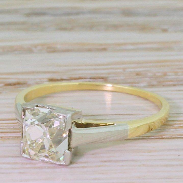 art deco 125 carat old cushion cut diamond engagement ring circa 1915