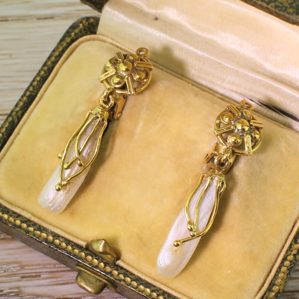 vintage mississippi river pearl drop earrings circa 1970