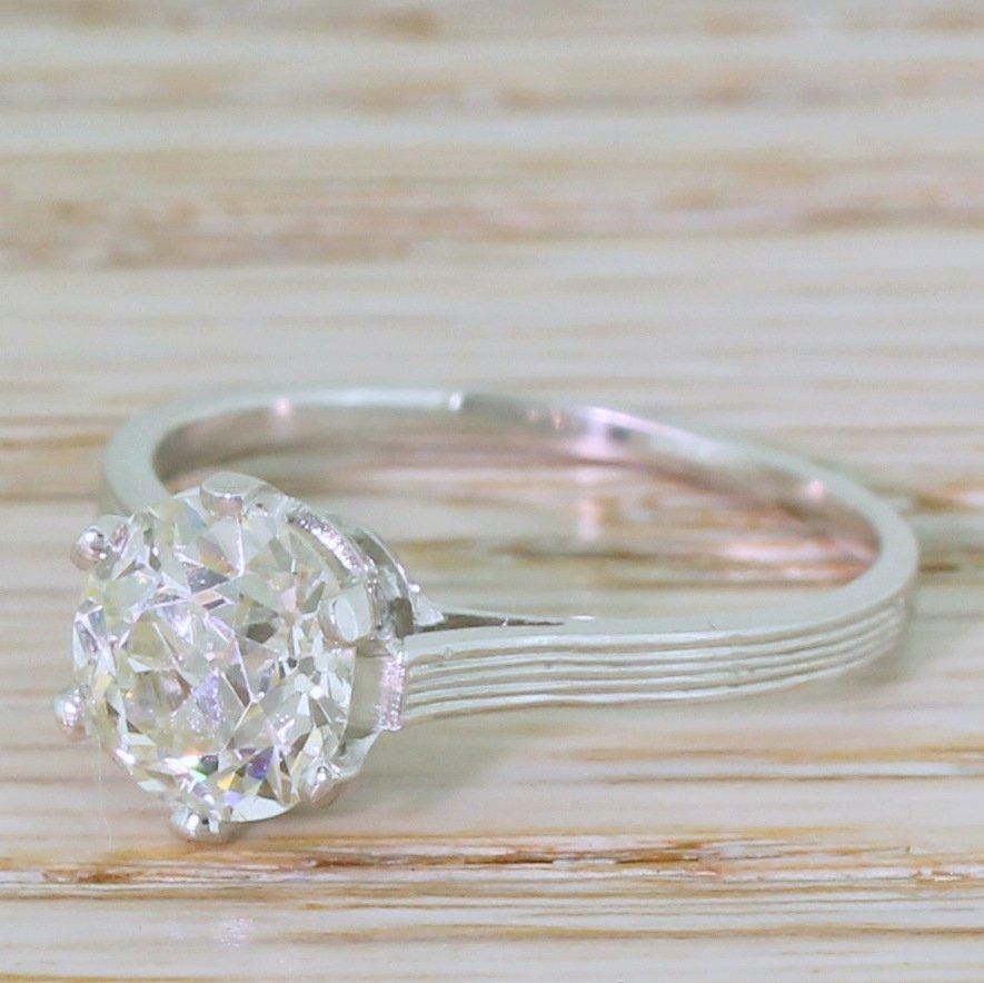 retro 166 carat old european cut diamond engagement ring circa 1945