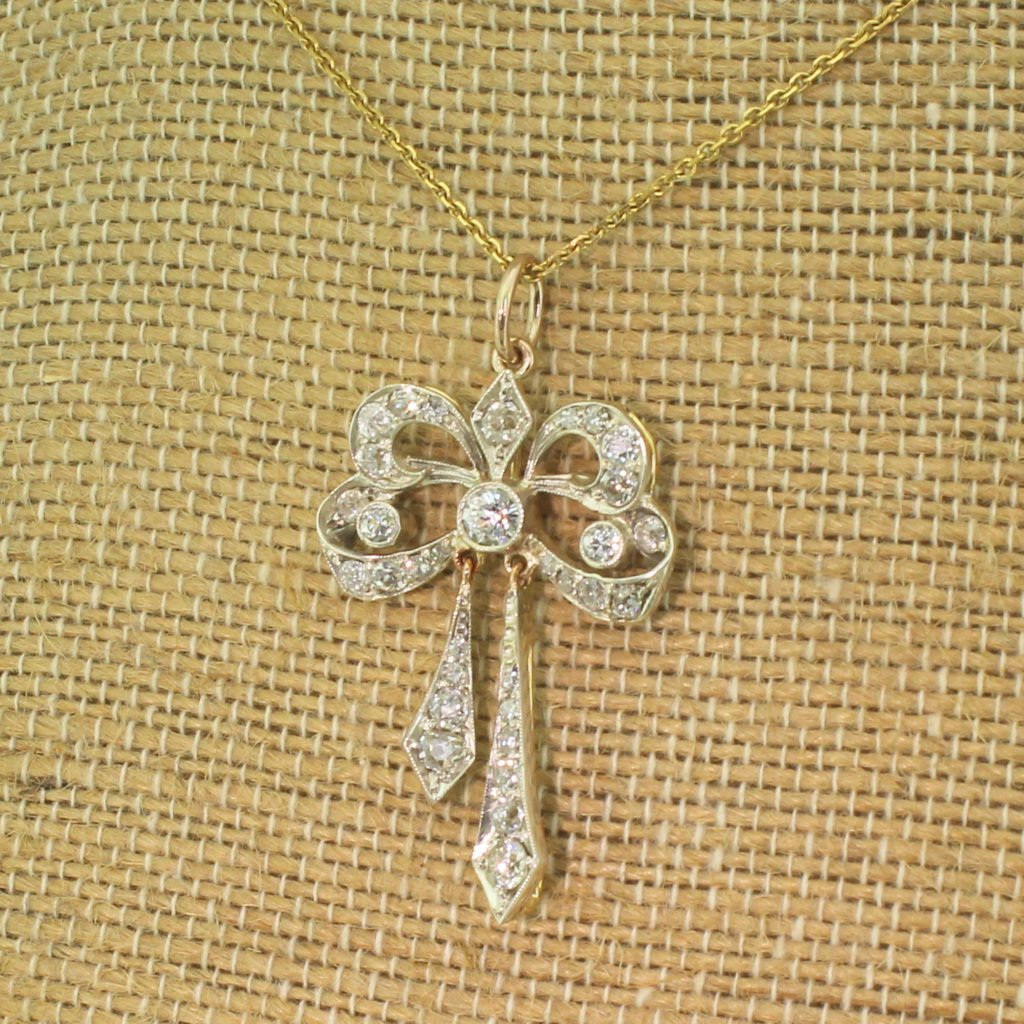 victorian 143 carat old cut diamond bow pendant circa 1880