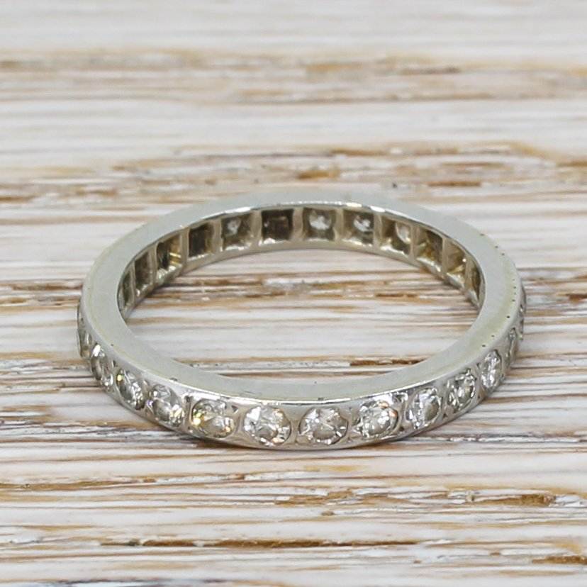 060 carat round brilliant cut full eternity ring 18k white gold