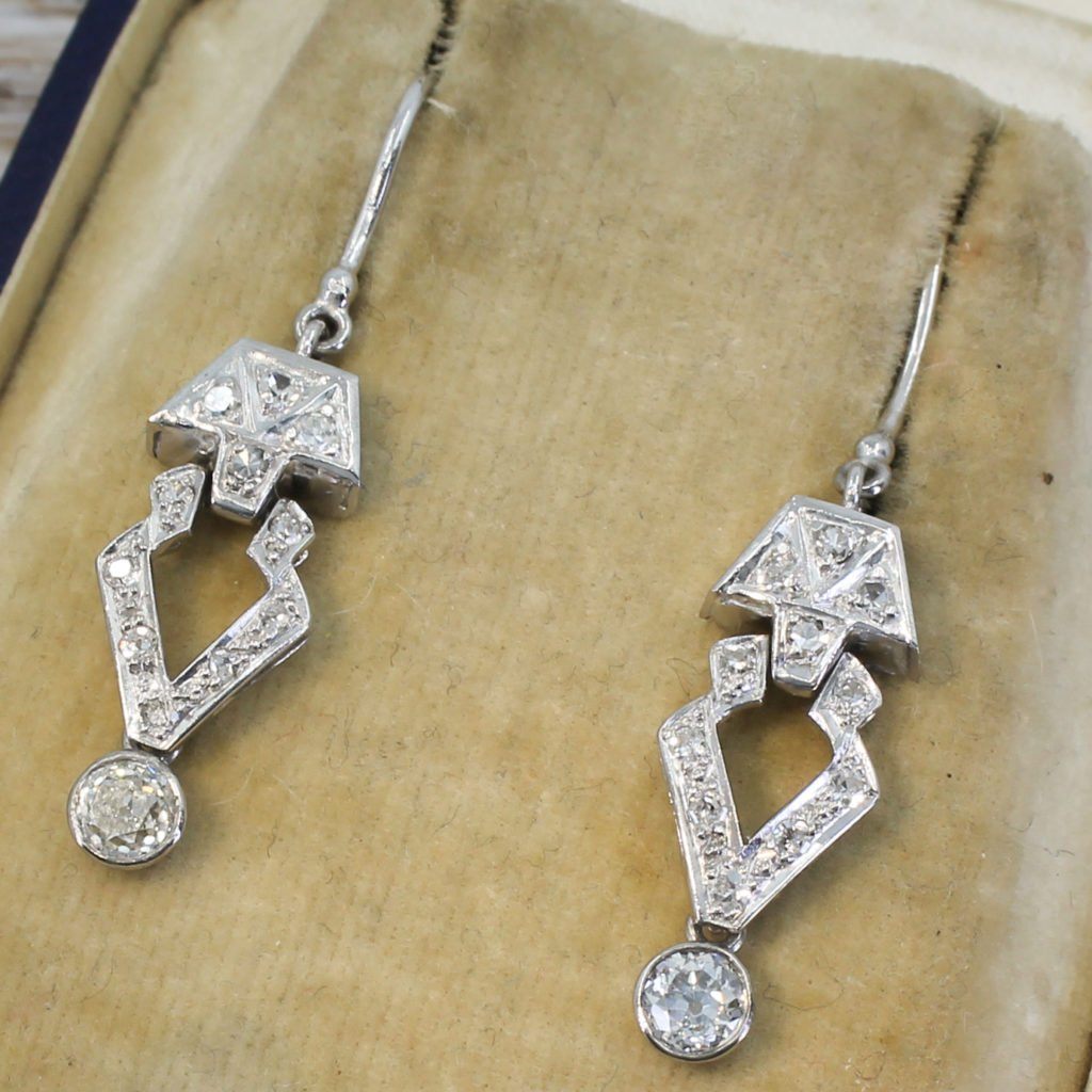 art deco 095 carat old cut diamond drop earrings circa 1920