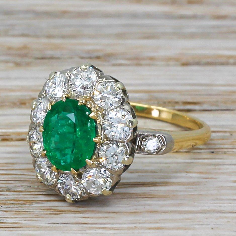 late 20th century 140 carat emerald 038 diamond ring circa 1980