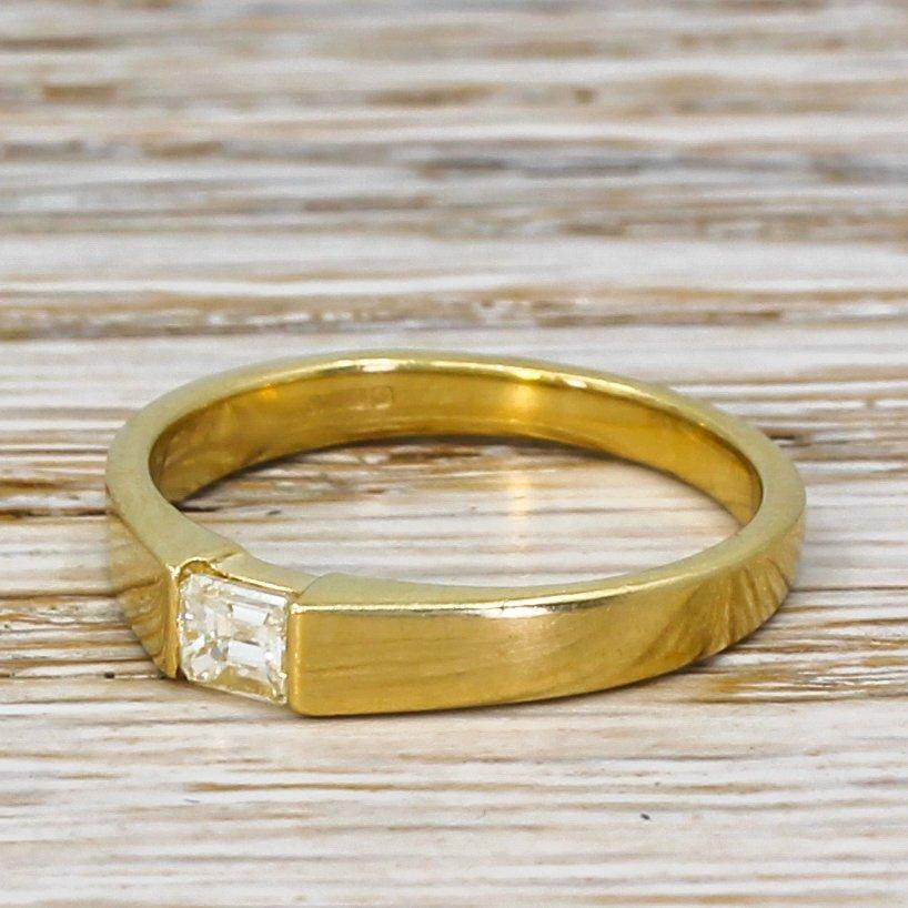modern 020 carat emerald cut diamond solitaire ring 18k gold