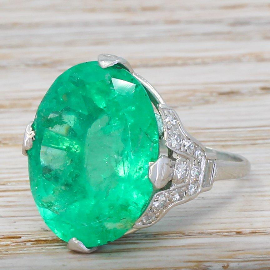 art deco 1783 carat minor oil colombian emerald ring circa 1935