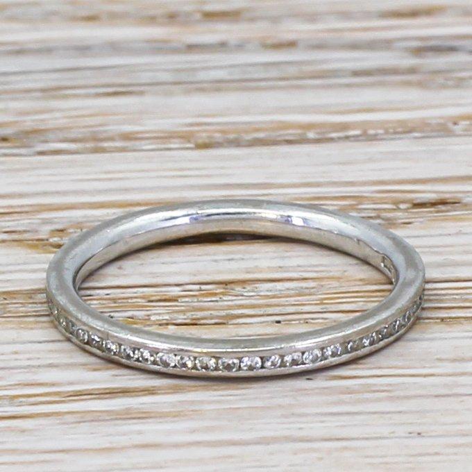round brilliant cut diamond three quarter eternity band 18k white gold