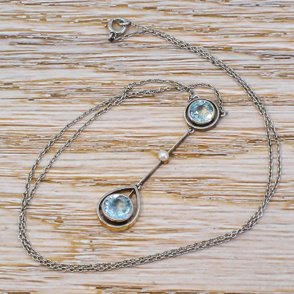 art deco 140 carat aquamarine 038 seed pearl pendant circa 1920