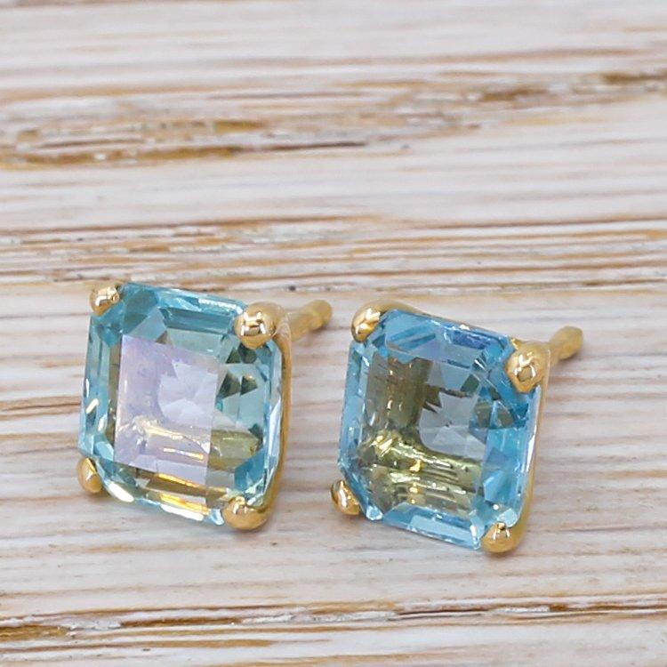 477 carat octagonal cut aquamarine stud earrings 18k gold