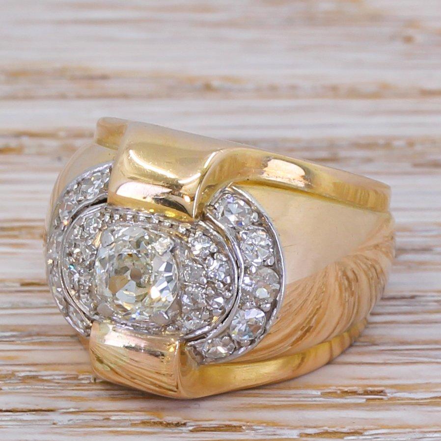 retro 136 carat old cut diamond cluster ring circa 1950
