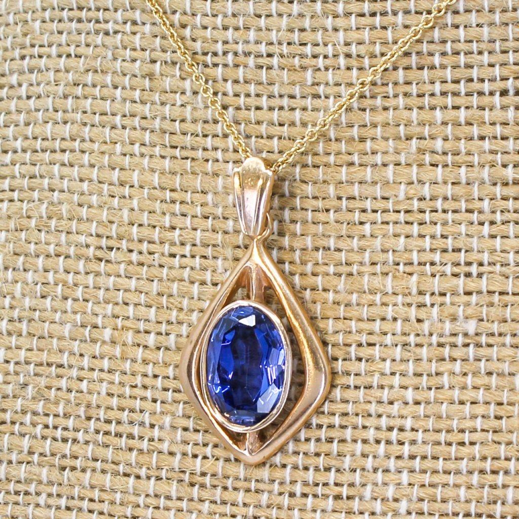 vintage soviet 500 carat synthetic sapphire pendant circa 1980