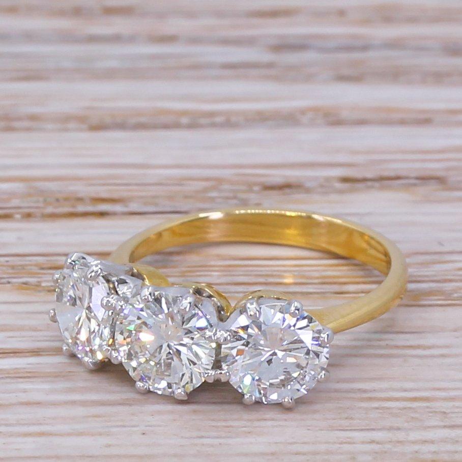 late 20th century 272 carat brilliant cut diamond trilogy ring circa 1975