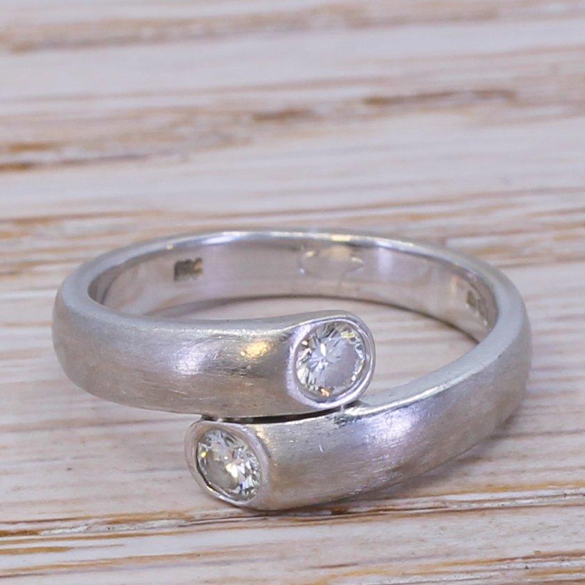 020 carat diamond crossover band ring 18k white gold