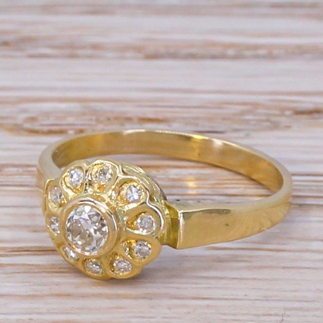 edwardian 031 carat old cut diamond cluster ring circa 1910